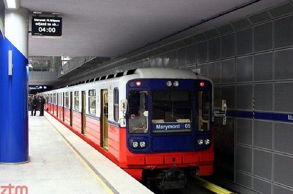 Pełna kontrola w warszawskim metrze