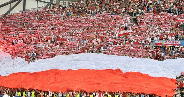 """Wizerunek Polski poza dyplomatami, politykami i wielkim biznesie """"poprzez codzienne kontakty"""" budują także przedsiębiorcy, naukowcy, artyści, sportowcy i zwykli Polacy."""