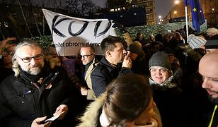 Polonia Institute ostrzega przed Komitetem Obrony Demokracji