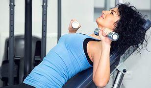 Dzięki tym ćwiczeniom twoje piersi będą wyglądać na większe