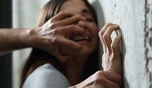 Wolverhampton: Zgwałcił, zamordował nastolatkę i jeszcze raz zgwałcił jej zwłoki. Przestępca jest nieletni. Ruszył jego proces
