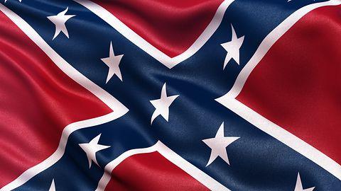Polityczne czystki w App Store. Znikają gry prezentujące symbole Konfederacji