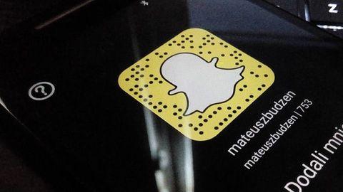 Snapchat z dodawaniem linków i funkcją edycji tła snapów