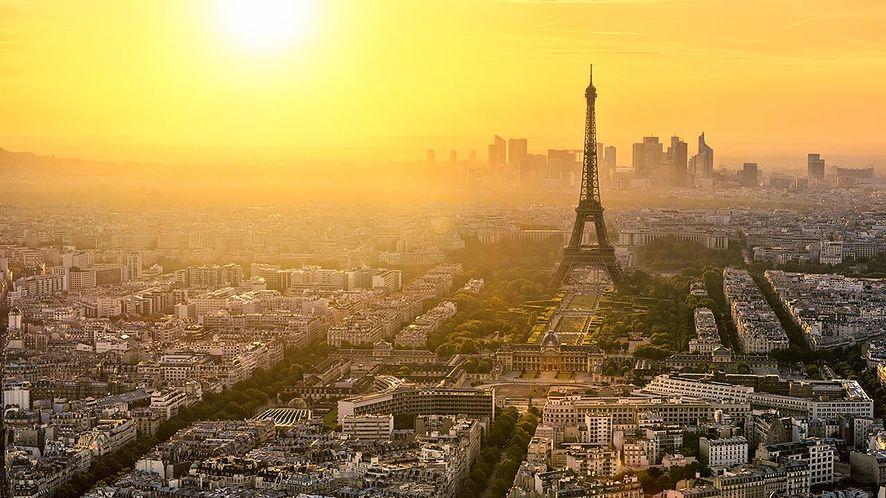 Jakobińskie praktyki francuskiego rządu, internauci pod nadzorem