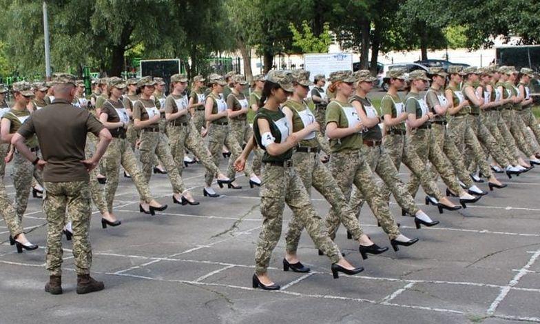 To zdjęcie wywołało furię na Ukrainie. Kobiety domagają się przeprosin