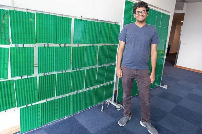 Kilka tysięcy niewielkich anten przesyła sygnał dalej / fot: Jason Dorfman/CSAIL