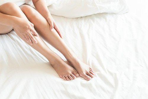 Doskwierają ci obrzęki nóg? Poznaj nową jakość wypoczynku z regulowanym stelażem!
