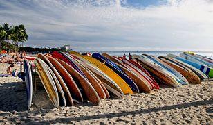 Hawaje - najlepsze miejsce na świecie do surfowania. Przyjaźni ludzie, a także wspaniałe plaże Oceanu Spokojnego - z tego słynie ten stan USA.
