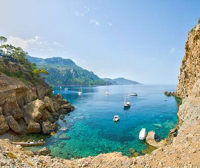 Majorka idealnie reprezentuje atmosferę i plaże hiszpańskich wysp