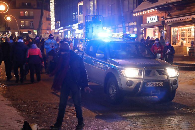 Tłumy w Zakopanem. Policja była bezwzględna