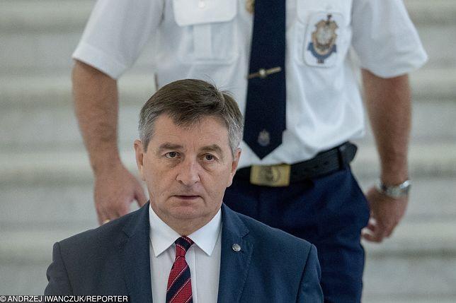 Marszałek Marek Kuchciński wygwizdany w Nowym Sączu. Za szykany jego strażników przeciwko matkom protestującym w Sejmie