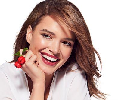 W kosmetykach acerola jest wykorzystywana do walki z procesami starzenia się skóry