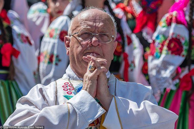Informacje na temat stanu zdrowia księdza biskupa są niepokojące