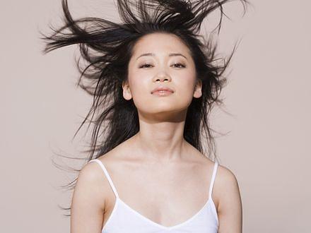 Podwójny efekt push-up dla włosów