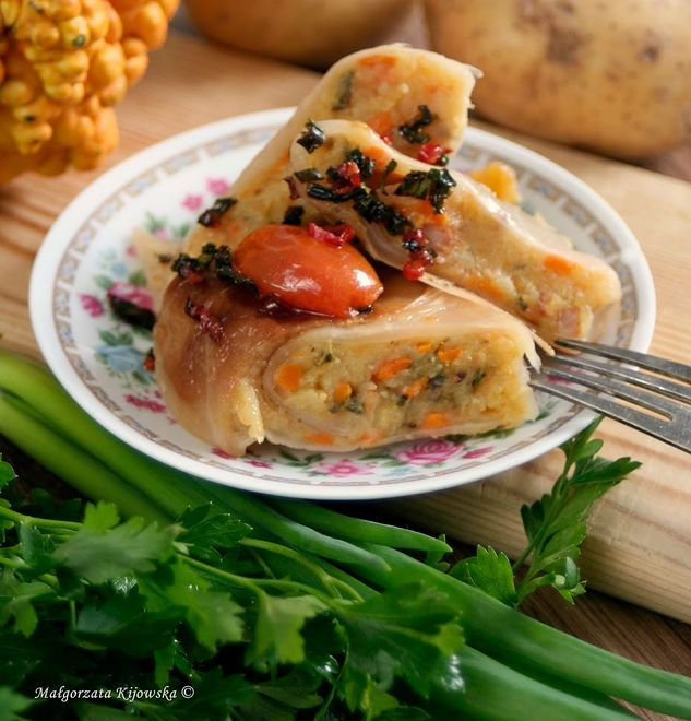 Gołąbki z ziemniakami, dynią i boczkiem