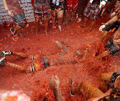 Bunol - w hiszpańskim miasteczku stoczono bitwę na pomidory