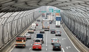 Zderzenie 10 aut na trasie S8. Utrudnienia dla kierowców