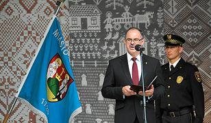 Koronawirus w Polsce. Suwałki. Prezydent Czesław Renkiewicz zakażony