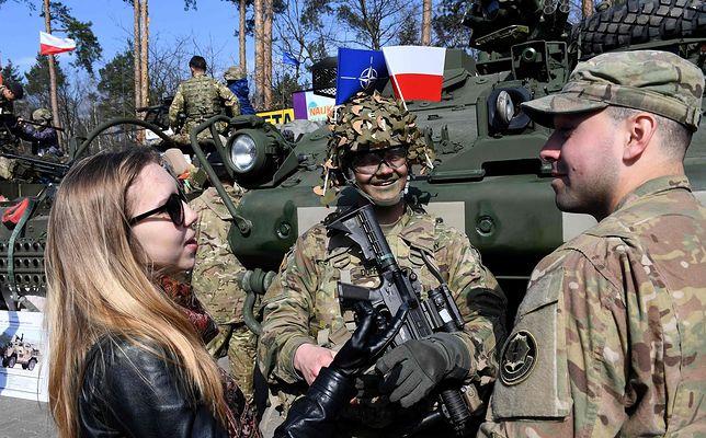 Żołnierze amerykańscy w Wesołej pod Warszawą