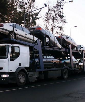 W Polsce import używanych aut dwukrotnie przewyższał sprzedaż nowych pojazdów.