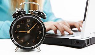 Za pracę w noc zmiany czasu przysługuje dodatkowe wynagrodzenie