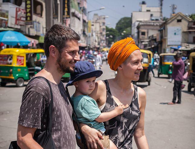 Karolina i Maciej Szaciłło podczas swojej podróży do Indii - kolebki ajurwedy.