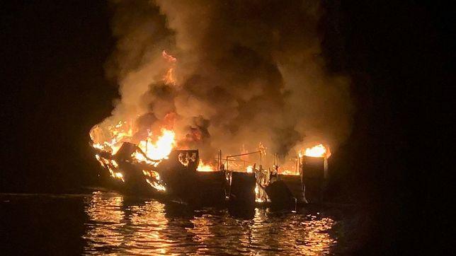 USA. Pożar statku w Kalifornii przyniósł 25 ofiar. 9 Osób wciąż uznaje się za zaginione