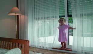 Bezpieczny dom: okna antywłamaniowe, solidne drzwi...