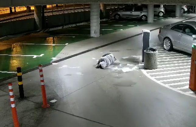 Skok na parkingowy świetlik skończył się dla niego długim lotem w dół