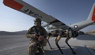 Psy-roboty w Siłach Powietrznych USA (U.S. Air Force photo by Tech. Sgt. Cory D. Payne)