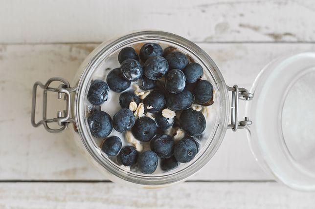 Sprawdzone przepisy na dania z jagodami