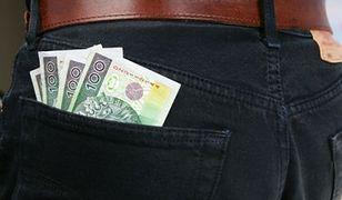 GUS podał dane o wynagrodzeniach