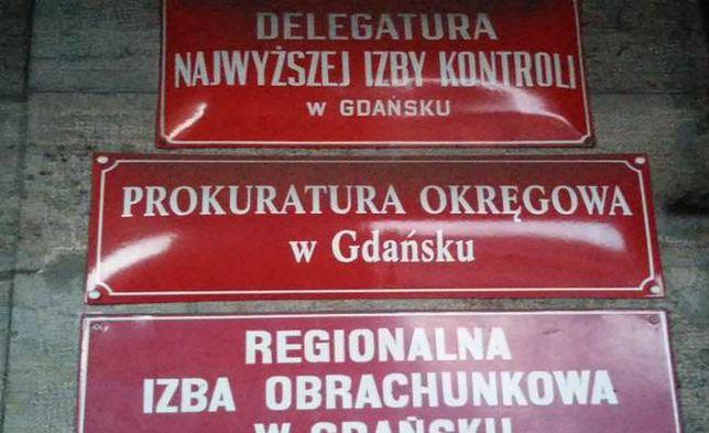 """Gdańska prokuratura kończy śledztwo. """"Sfałszował 185 umów kredytowych i wyłudził 21,5 mln zł"""""""