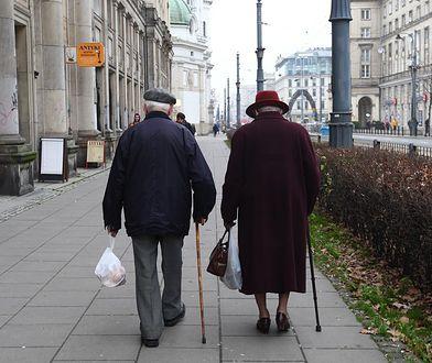 OPZZ chce zadbać o wdowy i wdowców. Proponuje podniesienie świadczeń