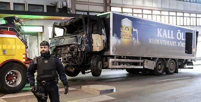 """""""Tajemnicze urządzenie"""" w kabinie ciężarówki ze Sztokholmu"""