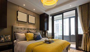 Odpowiednie oświetlenie może sutecznie odmienić sypialnię w eleganckie miejsce odpoczynku