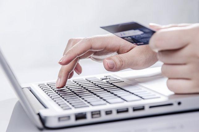 Czy płacenie kartą w internecie jest bezpieczne?