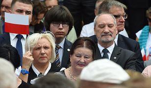 Antoni Macierewicz złośliwie skomentował doniesienia o kosztownej eskapadzie Edmunda Jannigera, za którą zapłacił PFN