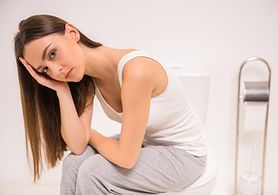 Biegunka tłuszczowa – przyczyny, objawy, leczenie