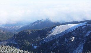 """Zimowa aura w Tatrach. Spadł """"lipcowy"""" śnieg"""