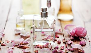 Kosmetyki zapachowe nadają skórze i ubraniom silnego aromatu