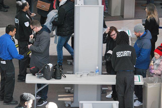 Po ataku terrorystycznym, który wydarzył się 11 września 2001 r., zaostrzyły się kontrole na lotniskach