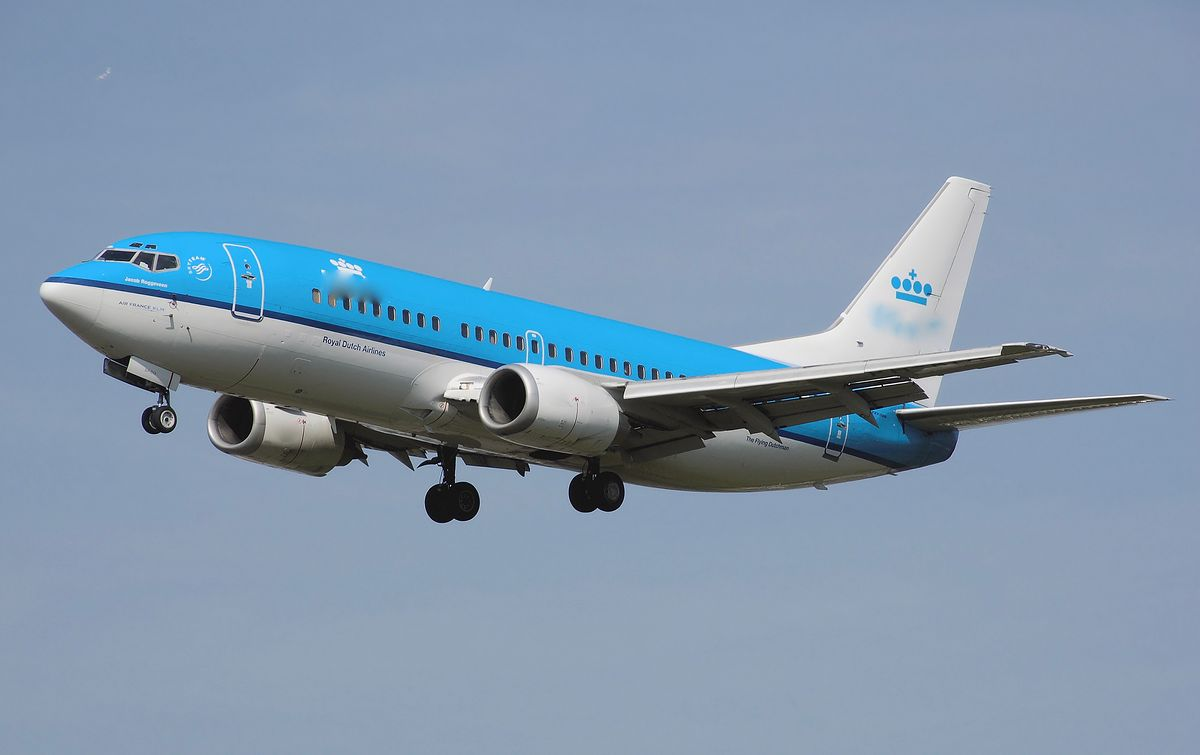 Afera z żywnością. Linie KLM mogły podawać skażone listerią jedzenie