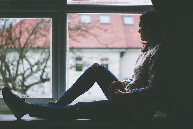Samotność przez popsute relacje z bliskimi