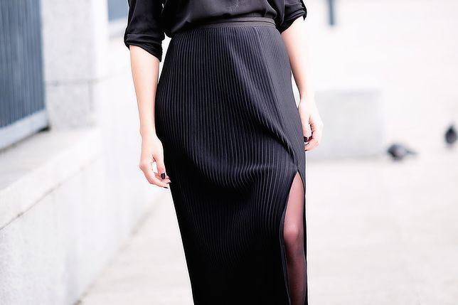 Schludne, eleganckie, z pomysłem – wyjątkowe spódnice do pracy