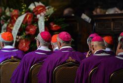"""Episkopat to nie partia polityczna. """"Musimy współtworzyć Kościół, a nie biernie oceniać"""""""