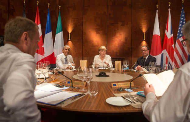 Drugi dzień szczytu zdominuje temat zadłużonej Grecji i konflikt rosyjsko-ukraiński