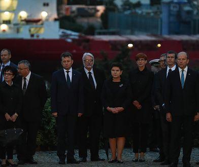 Przedstawiciele władz na uroczystościach na Westerplatte