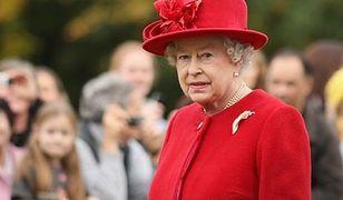 Królowa Elżbieta szuka specjalisty social media. Zapłaci 30 tys. funtów rocznie