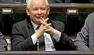 Jarosław Kaczyński może być zadowolony. Międzynarodowy kapitał docenił wyniki gospodarki i inwestuje w złotego